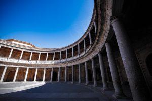カルロス5世宮殿内部
