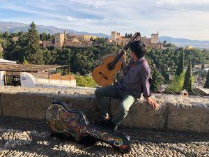 サンニコラス広場からのアルハンブラ宮殿